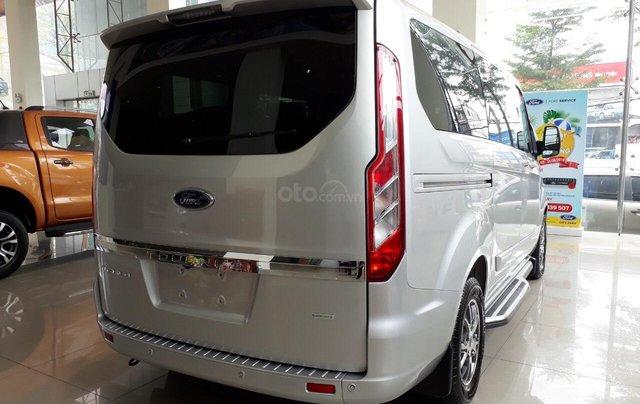 Bán Ford Tourneo 2019 đủ màu, liên hệ đặt xe ngay, giá chỉ từ 999 triệu2