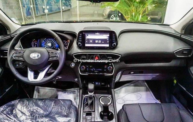 [Khuyến Mãi] Hyundai Santa Fe đặc biệt, xe hot khuyến mãi lại thêm Hot, hỗ trợ trả góp tối đa, CTKM có giới hạn1