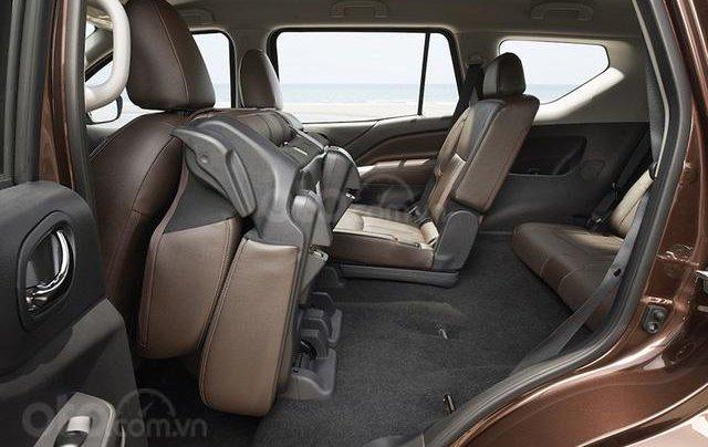 Nissan Terra V 7AT 4WD, đủ màu, giao ngay, tặng Bảo hiểm và phụ kiện trị giá 35 triệu7