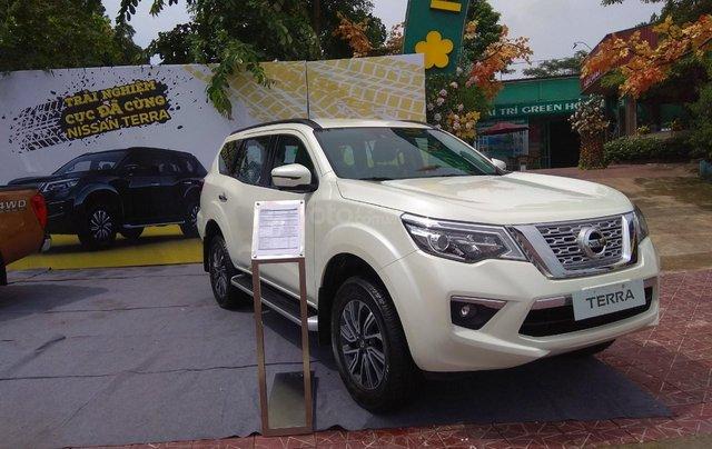Nissan Terra V 7AT 4WD, đủ màu, giao ngay, tặng Bảo hiểm và phụ kiện trị giá 35 triệu2