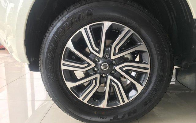 Xe Nissan Terra V 2.5 AT 4WD 2019, xe nhập4