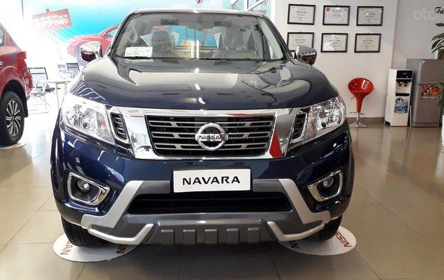 Xe Nissan Navara EL giao ngay giá sock0