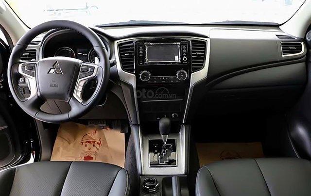 Bán Mitsubishi Triton 2.4 Mivec sản xuất 2019, màu bạc, xe nhập1