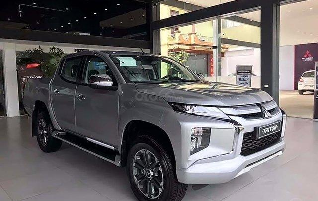 Bán Mitsubishi Triton 2.4 Mivec sản xuất 2019, màu bạc, xe nhập0