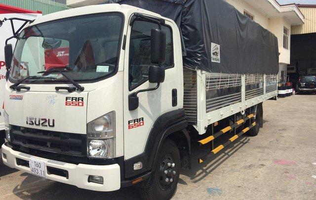Isuzu 6.5 tấn, thùng bạt 6m7 - KM: Máy lạnh, 9 phiếu bảo dưỡng, radio MP31