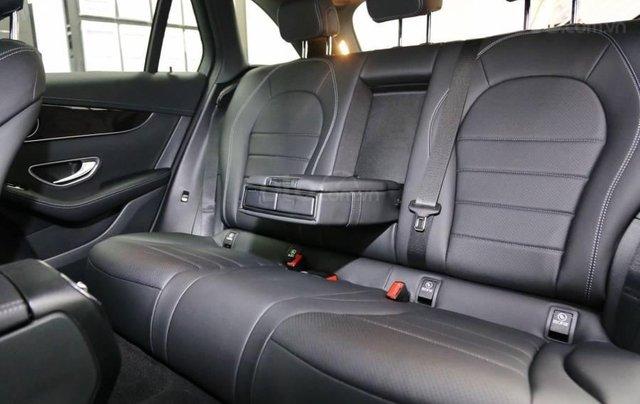 Mercedes GLC 200 2019 - khuyến mại cực sốc - trả góp đến 85% - liên hệ 09695776995