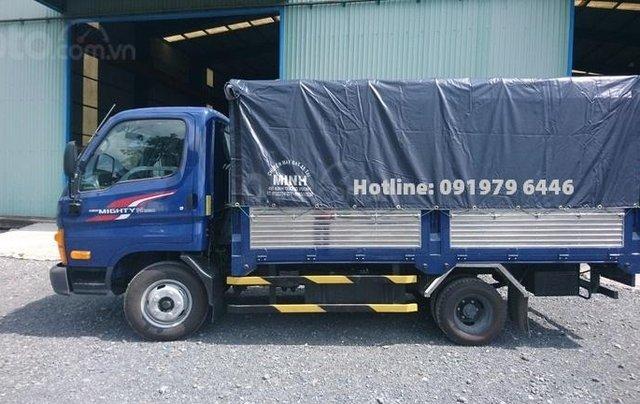 Bán ô tô Hyundai N250SL-2,4T thùng bạt năm 2019, màu xanh lam4