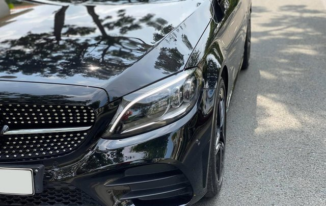 Bán xe Mercedes C300 AMG 2019 bảo hành chính hãng đến 2022, trả trước 700 triệu nhận xe ngay6