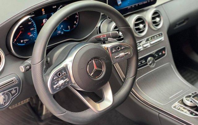 Bán xe Mercedes C300 AMG 2019 bảo hành chính hãng đến 2022, trả trước 700 triệu nhận xe ngay7