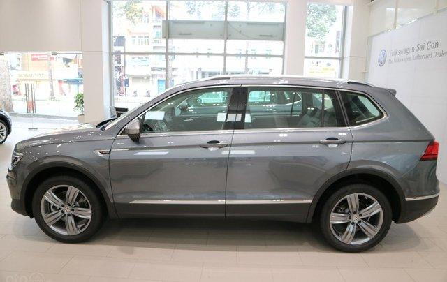 Volkswagen Tiguan nhập khẩu 7 chỗ ưu đãi cực tốt trong tháng 10, liên hệ Ms. Châu 09393360072