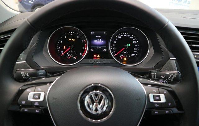 Volkswagen Tiguan nhập khẩu 7 chỗ ưu đãi cực tốt trong tháng 10, liên hệ Ms. Châu 09393360077