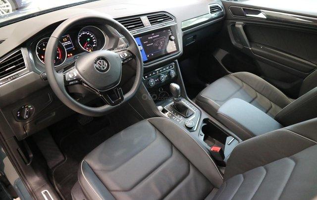 Volkswagen Tiguan nhập khẩu 7 chỗ ưu đãi cực tốt trong tháng 10, liên hệ Ms. Châu 093933600710