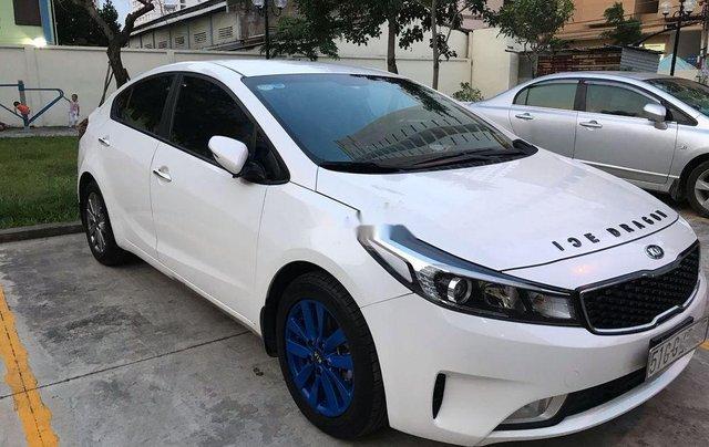 Bán Kia Cerato sản xuất 2017, màu trắng, xe gia đình2