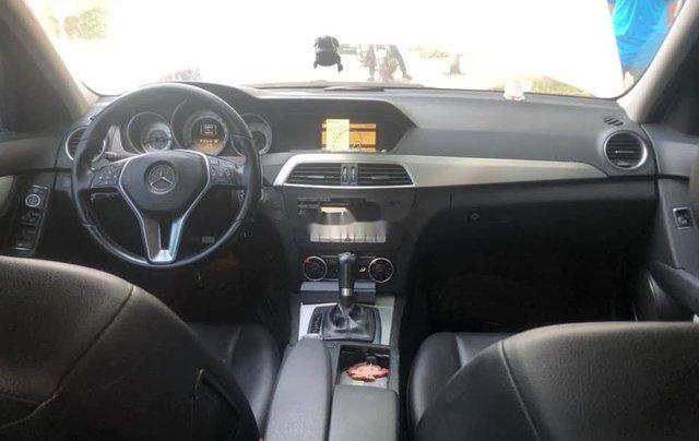 Cần bán Mercedes C200 năm sản xuất 2012, nhập khẩu2