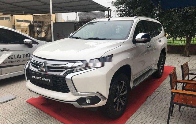 Bán xe Mitsubishi Pajero 2019, xe nhập, nhiều ưu đãi1