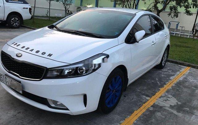Bán Kia Cerato sản xuất 2017, màu trắng, xe gia đình1