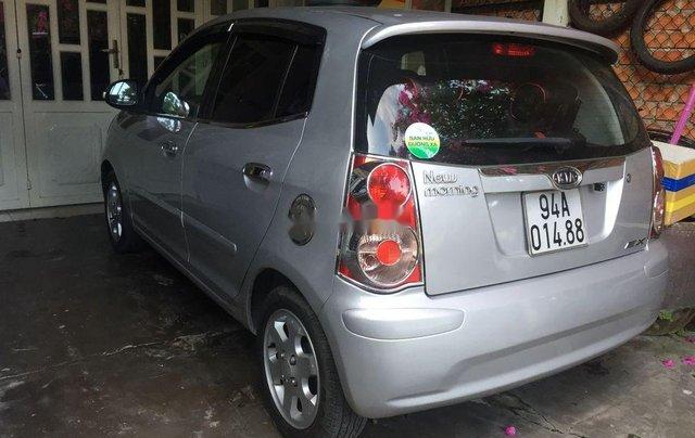 Cần bán gấp Kia Morning năm 2009, màu bạc1