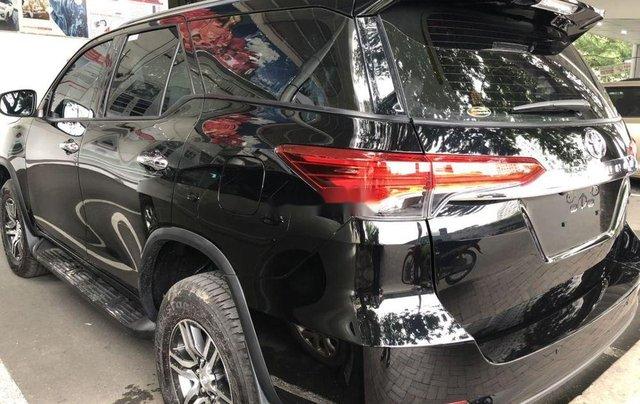 Bán xe Toyota Fortuner sản xuất 2019 giá cạnh tranh5