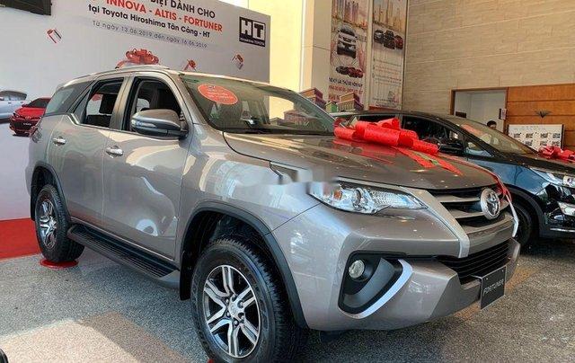Cần bán xe Toyota Fortuner đời 2019 giá tốt1