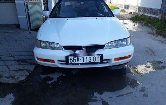 Cần bán lại xe Honda Accord đời 1997, màu trắng, chính chủ3