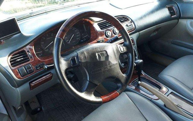 Cần bán lại xe Honda Accord đời 1997, màu trắng, chính chủ7