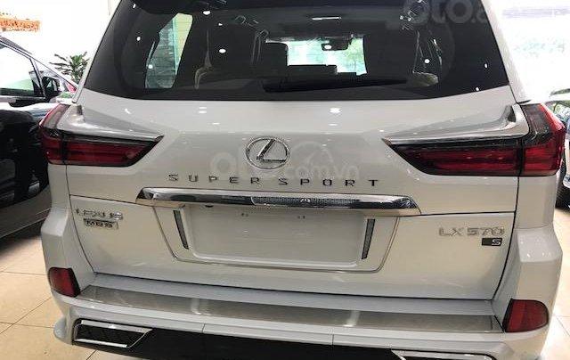 Lexus LX570 Autobiography MBS 4 ghế massage màu trắng, nội thất nâu da bò, model 2020 mới nhất3