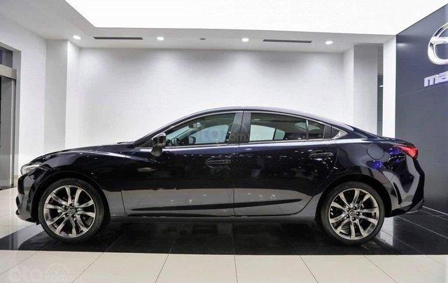 Bán Mazda 6 sedan, tặng bảo hiểm vật chất thân xe 1 năm1