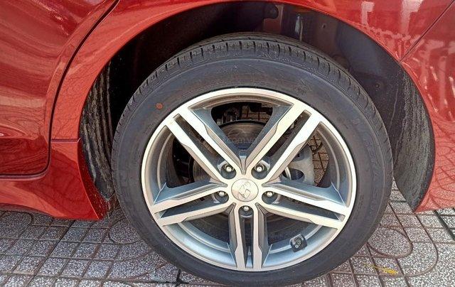Hyundai Elantra 1.6AT Sport đỏ+ Sale sốc KM 40 triệu+ xe giao ngay4