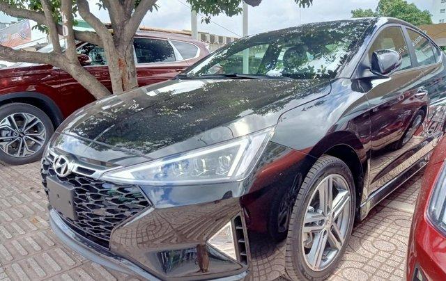 Sở hữu ngay Hyundai Elantra 1.6AT Turbo đen giá cực tốt+ Trả trước 250tr+ Tặng thêm quà 10tr1