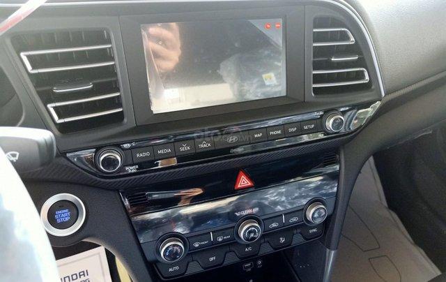 Sở hữu ngay Hyundai Elantra 1.6AT Turbo đen giá cực tốt+ Trả trước 250tr+ Tặng thêm quà 10tr5