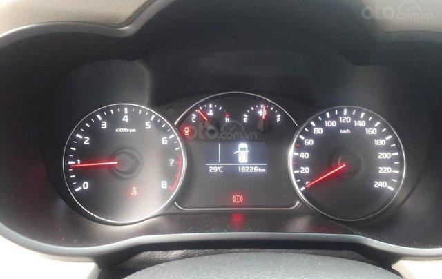 Kia Rondo GMT 2.0MT 2019, trả góp 70%, xe bao đẹp như mới11
