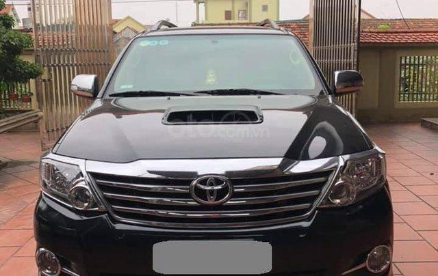 Bán Toyota Fortuner 2016 màu đen0