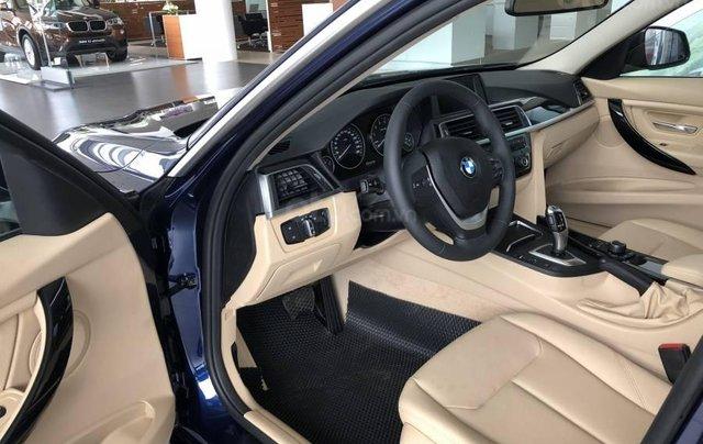 Ưu đãi 16% giá xe BMW 320i - xe có sẵn - giao xe ngay4