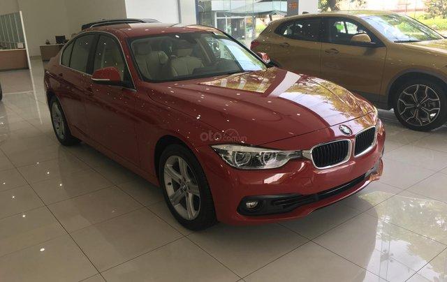 Ưu đãi 16% giá xe BMW 320i - xe có sẵn - giao xe ngay7