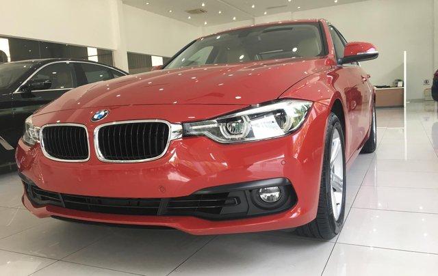 Ưu đãi 16% giá xe BMW 320i - xe có sẵn - giao xe ngay8