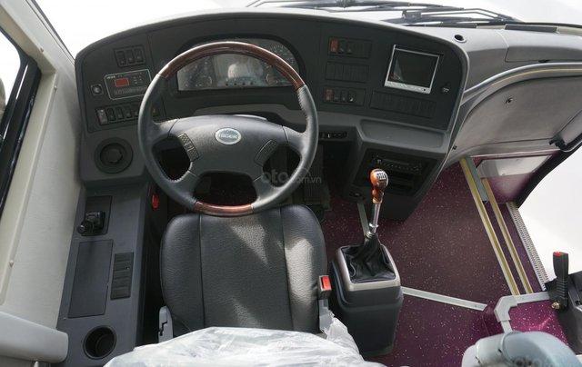 Bán xe khách 6 bầu hơi DHB8S2 năm 2018, màu trắng, nhập khẩu 3 cục tặng TV3