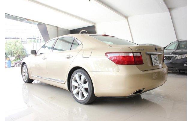 HCM: Lexus LS 600HL 5.0 AT 2010, màu vàng, xe nhập3