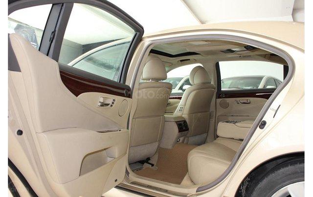 HCM: Lexus LS 600HL 5.0 AT 2010, màu vàng, xe nhập12
