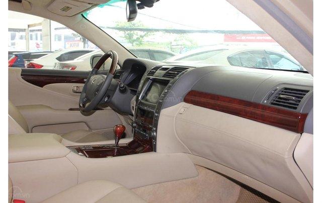 HCM: Lexus LS 600HL 5.0 AT 2010, màu vàng, xe nhập5