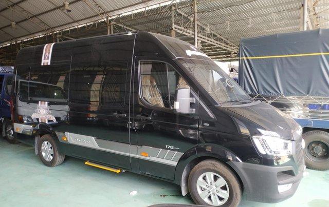 Bán Hyundai Dcar Solati thượng đỉnh, 12 ghế, màu đen, nhập khẩu Hàn Quốc0