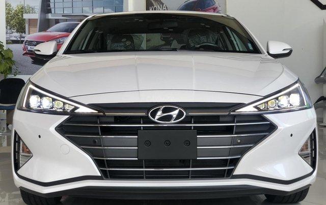 Xe Hyundai Elantra 2019, giá từ 555tr - màu trắng- giao ngay - LH: 091929355314