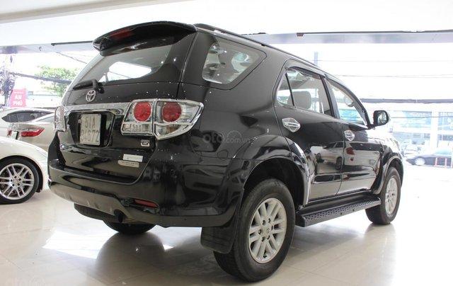 Cần bán xe Toyota Fortuner 2.5G MT sx 2012, màu đen, ghế da, biển SG, giá TL11