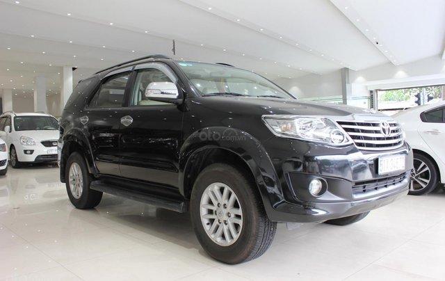 Cần bán xe Toyota Fortuner 2.5G MT sx 2012, màu đen, ghế da, biển SG, giá TL14