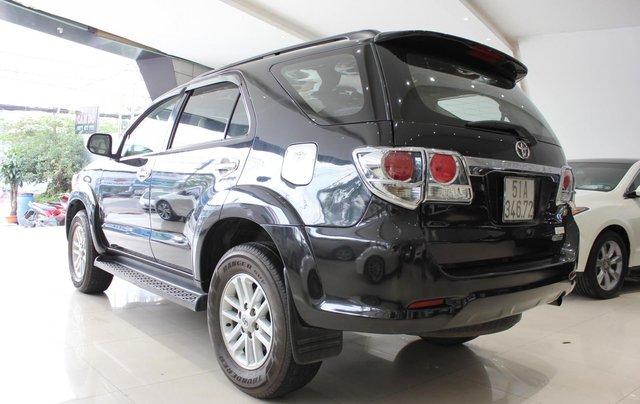 Cần bán xe Toyota Fortuner 2.5G MT sx 2012, màu đen, ghế da, biển SG, giá TL12