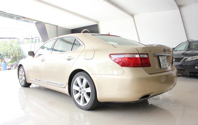 Cần bán xe Lexus LS 600HL 5.0 xăng điện 2008, màu vàng, nhập khẩu5