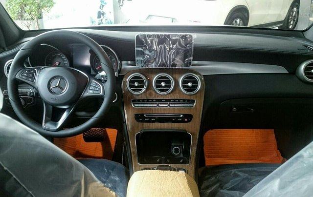 Giá bán & khuyến mãi Mercedes GLC300 Coupe - nhập khẩu Đức, siêu hiếm, giảm tiền mặt, tặng BH, phụ kiện10