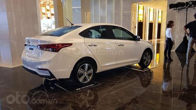 Hyundai Accent khuyến mại 10tr đồng, hỗ trợ trả góp 90%, gọi ngay phòng kinh doanh Hyundai Bắc Giang 0961637288 Mr Khải1
