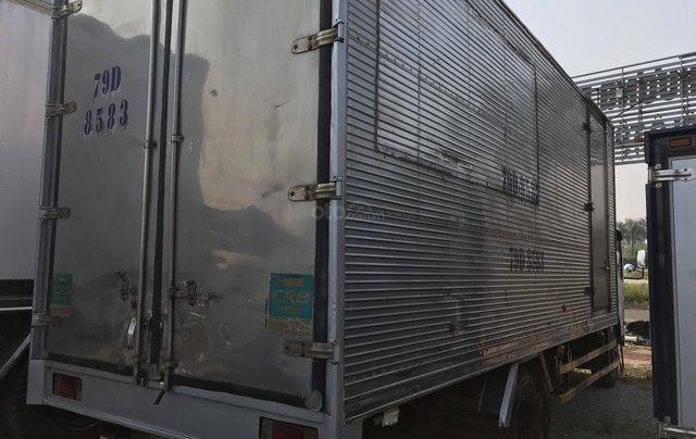 Bán xe tải Isuzu 5 tấn thùng kín đã qua sử dụng thùng dài 6m, máy nổ rất êm1