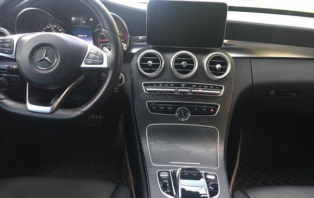Bán Mercedes Benz C300 AMG, 2016, màu đen, đi 24.500km3