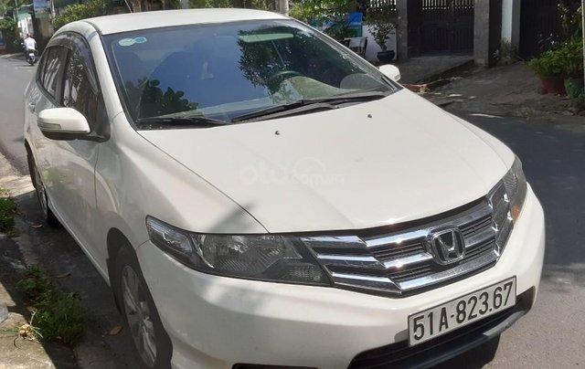 Cần bán xe Honda City 1.5G sản xuất 2014, màu trắng1